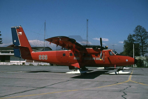 933 De Havilland Canada DHC-6 Twin Otter, Chilean AF, Los Cerrillos 1997