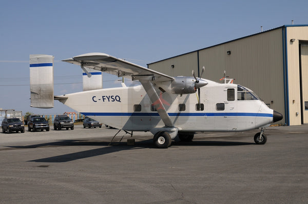 C-FYSQ Short SC7 Skyvan, Yellowknife 2007
