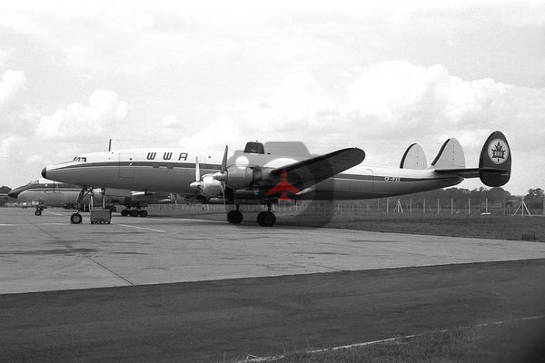CF-PXX Lockheed L-1049 Super Constellation, World Wide Airways, Gatwick