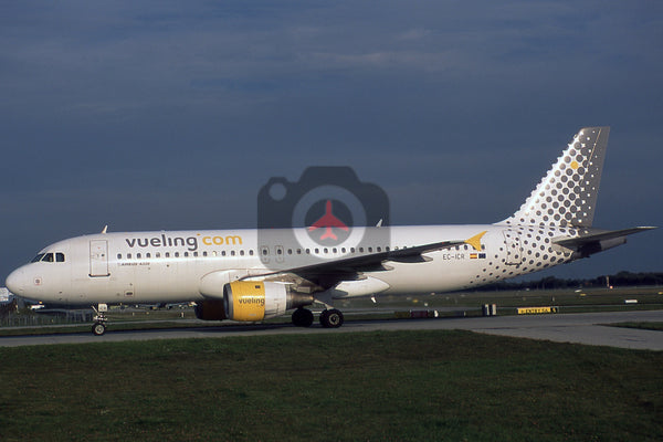 EC-ICR Airbus A320-211, Vueling Airlines