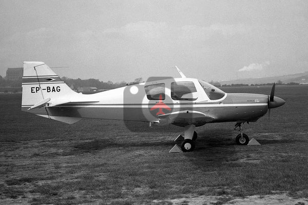 EP-BAG Beagle Pup, Shoreham 1970