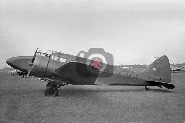 G-AJLL Airspeed AS65 Consul,  Chartair, Newmarket 1948