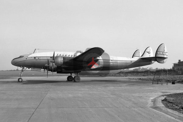 G-ALAL Lockheed L-749 Constellation, Skyways of London,  Luton 1963
