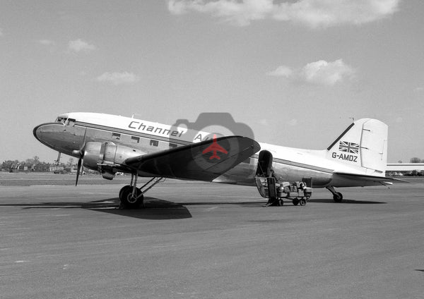 G-AMDZ Douglas DC-3, Channel Airways, Southend, 1962