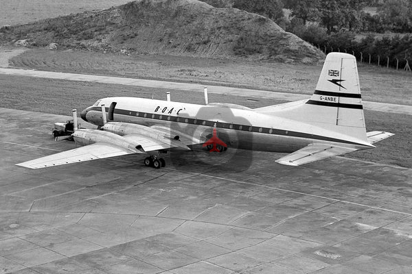 G-ANBE Bristol Britannia 102, BOAC Heathrow
