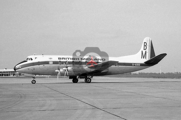 G-AODG Vickers Viscount 736, British Midland Airways, Luton 1967