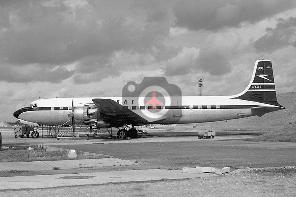 G-AOIB, Douglas DC-7C, BOAC, Heathrow