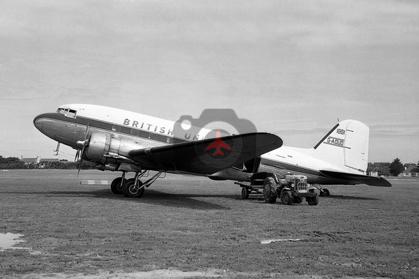 G-AOUD, Douglas DC-3,  British United Airways, Jersey