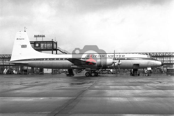 G-AOVA Bristol Britannia 312, British United Airways, Gatwick