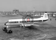 G-APEY Vickers Viscount 806, BEA, Gatwick, 1967