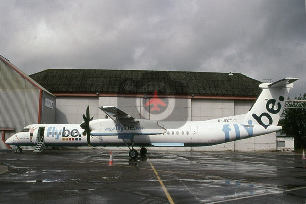 G-JECT De Havilland Canada DHC-8-402, FlyBe, Norwich, Matt Le Tissier nose art, 2007