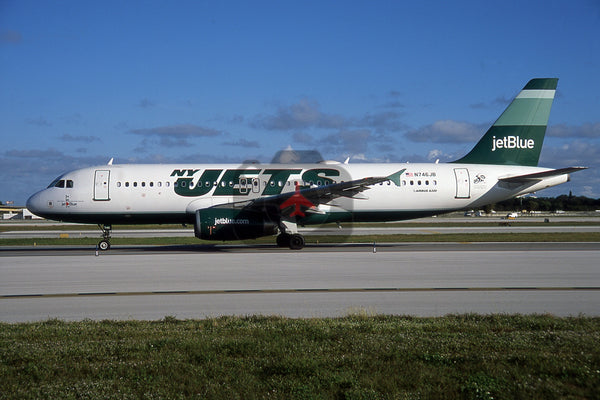 N746JB Airbus A320-232, Jet Blue, New York Jets colours
