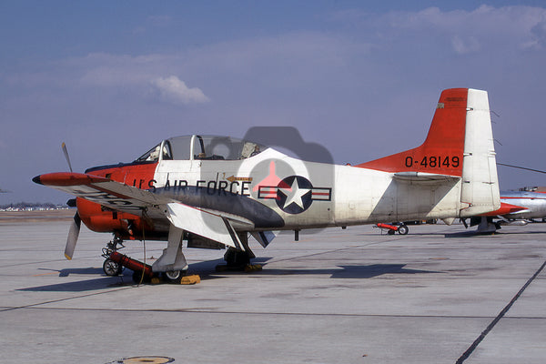 0-48149 North American T-28B, USAF, Andrews 1970