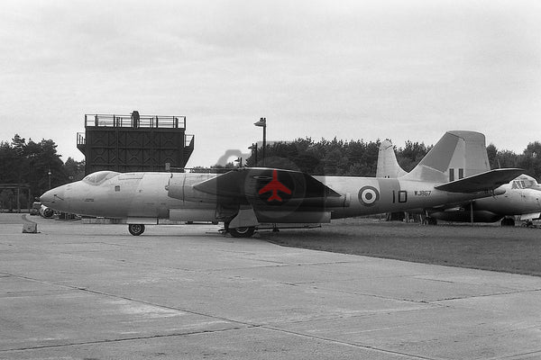 WJ867(10) English Electric Canberra T.4, RAF, Farnborough 1961