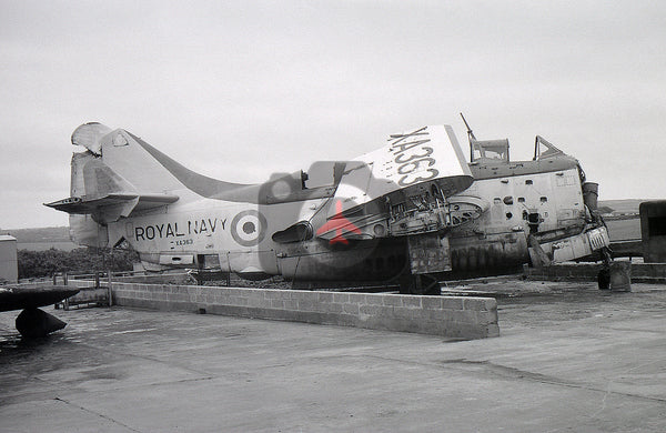 XA363 Fairey Gannet AS.1 Royal Navy, Culdrose 1974