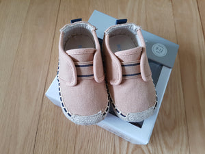 Chaussures Robeez tan 9-12 mois neuf CV59