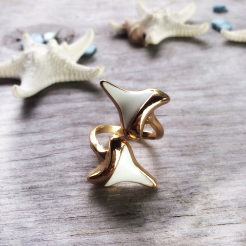 Gold shark tooth ring