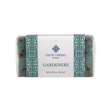 Load image into Gallery viewer, Celtic Herbal - Gardeners Soap 100g