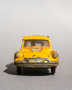 Citroen Safari Break diecast car yellow
