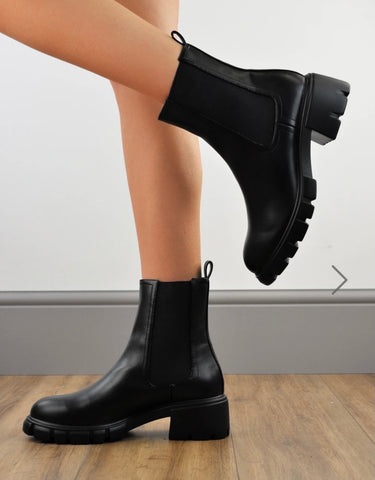 'Maria' Chunky Chelsea Boots