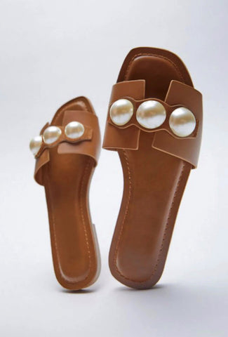 'Lottie' Pearl Sandals
