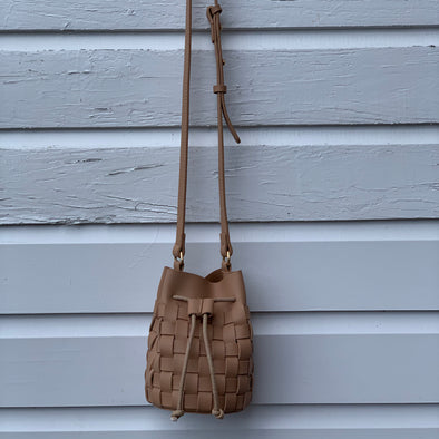 SALE Bucket Weave Bag - Nude
