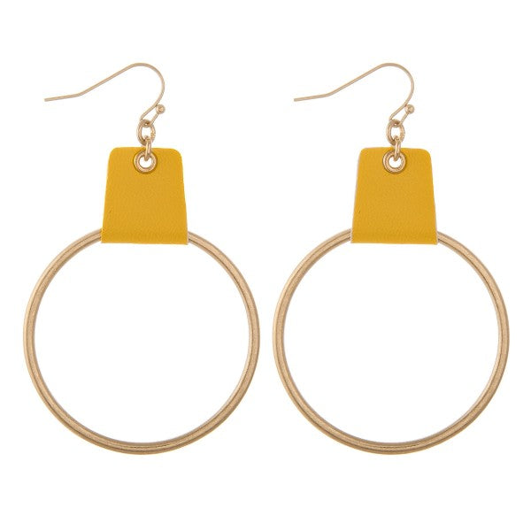 earring, faux leather cuffed Gold/Yellow