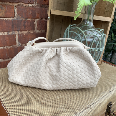 SALE, bag, woven gathered Cream