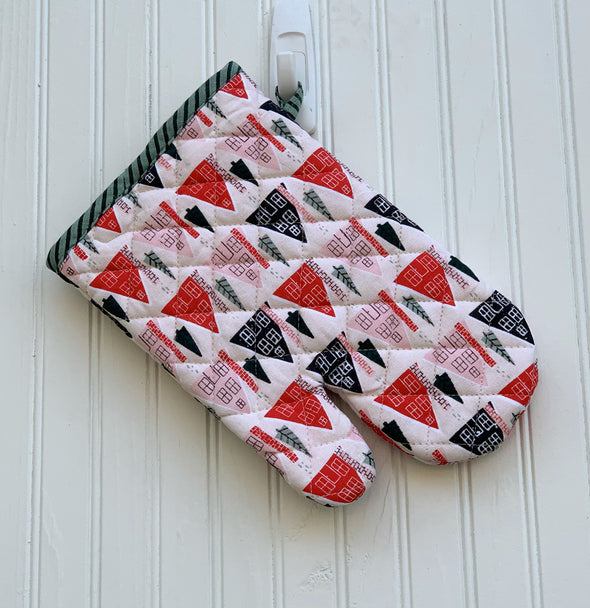 Holiday House Pot Holder
