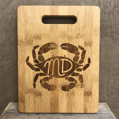 """MD"" In Crab Large Cutting Board"