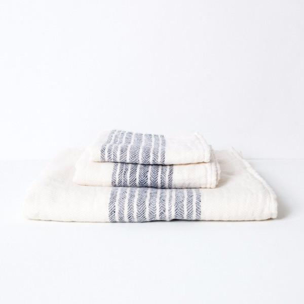 Flax Line Organic Towel from Imbari, Japan in the PHYLA Shop! Photo courtesy of Morihata.