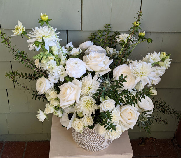 Muted + Elegant Flowers - Grande