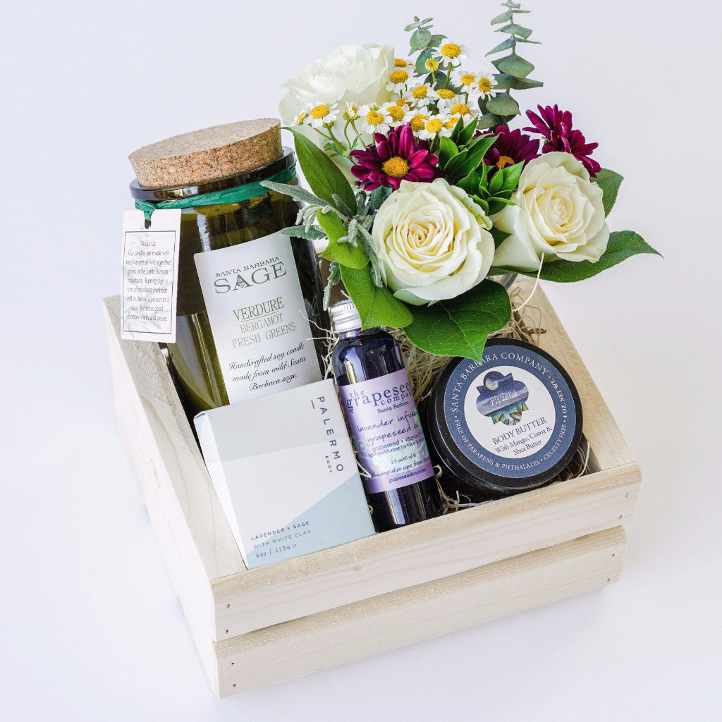 Verdure Spa Gift Box with Flowers