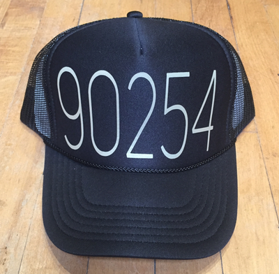 90254 TRUCKER HAT BLACK GOLD