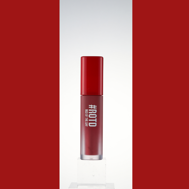 RED OF THE DAY - LIP MARKET VELVET SMUDGING TINT 01 ROSE