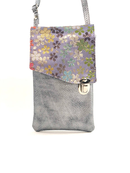 Plum Blossom Lilac Pocket Purse