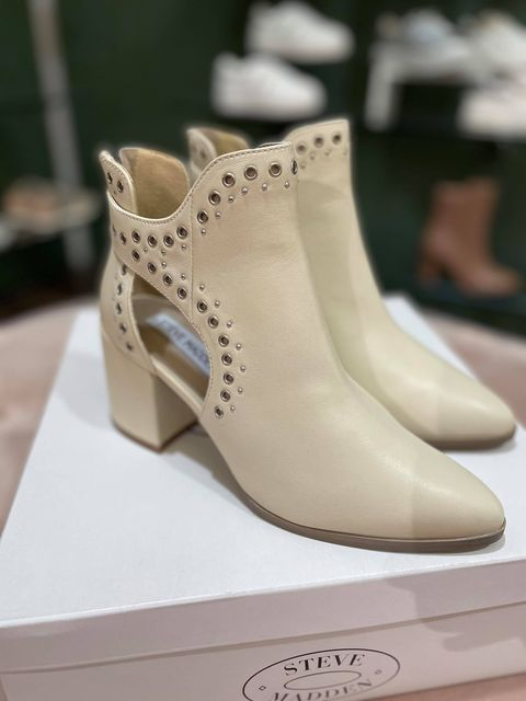 Steve Madden Jastina Bootie - Bone Leather