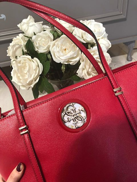 Guess Open Road Tote - CNY Red