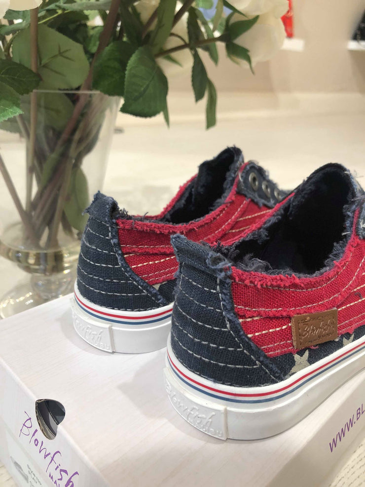 Play Sneaker - Navy Star Print/Jester Red Cozumel