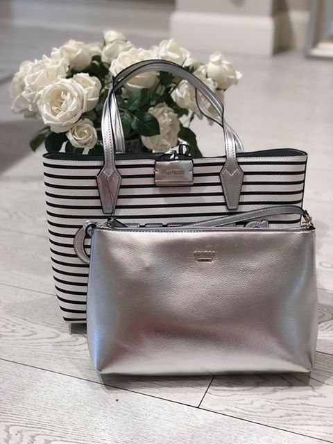 Guess Bobbi Inside Out Tote - Stripe/Silver