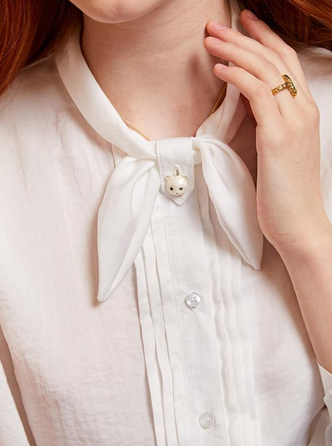 Treasures Kitten Blouse - Ivory
