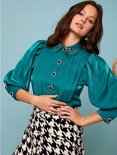 Medallion Puff Sleeve Blouse