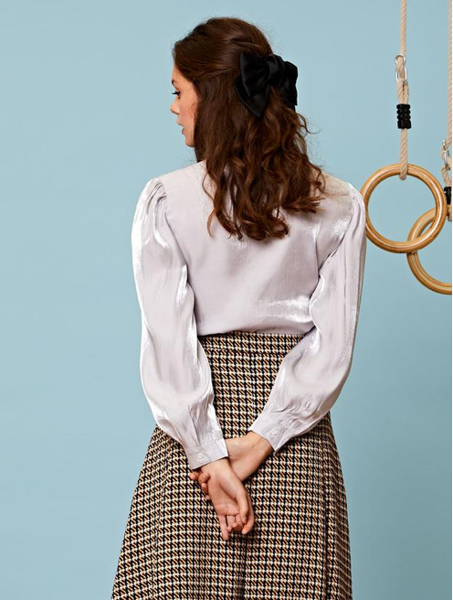 Ten Points Bow Blouse
