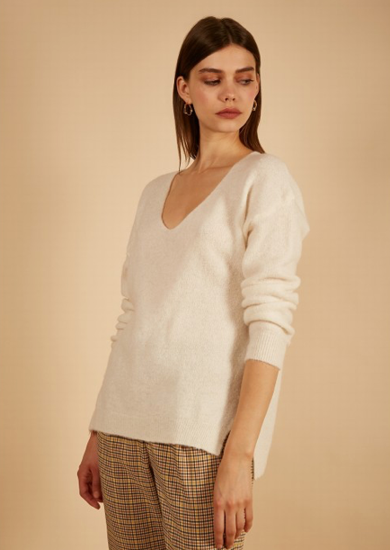 Naeve Sweater - White