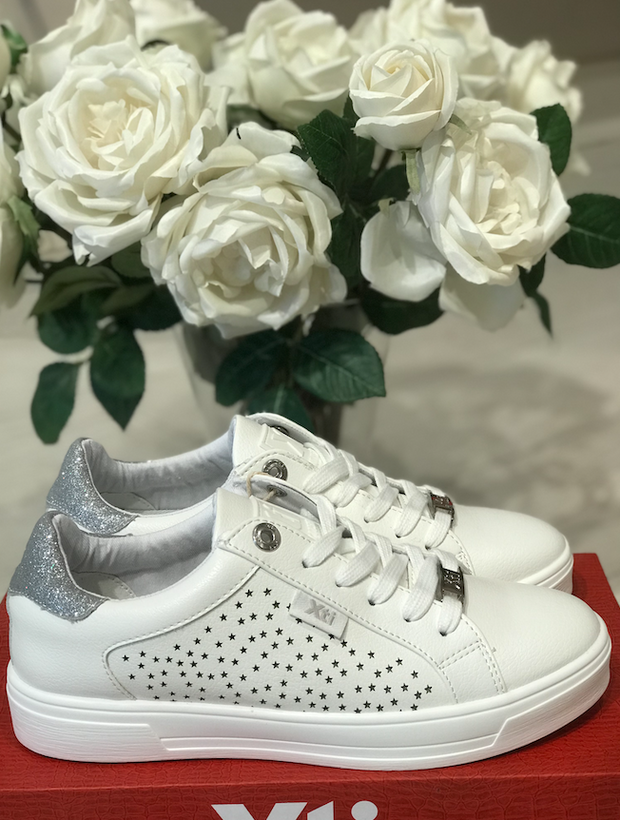 White and Silver Pu Sneakers