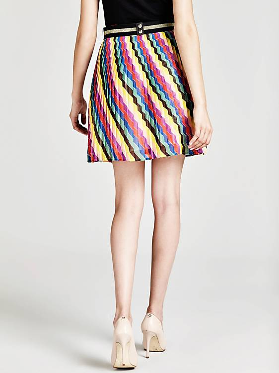 3e5477fb08 Guess Nazarena Pleated Skirt With Belt – Spoilt Belle Boutique
