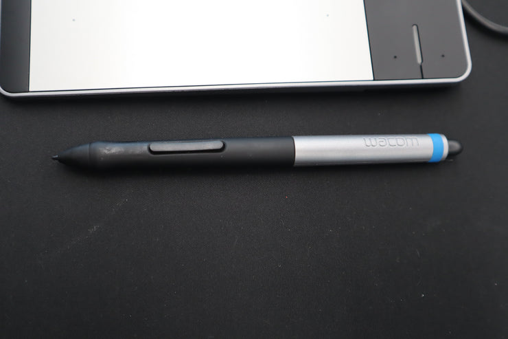Wacom Pen & Touch Small CTH-480 Drawing Tablet (Used)
