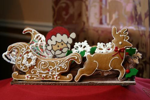 Yule Log Small Santa Sleigh
