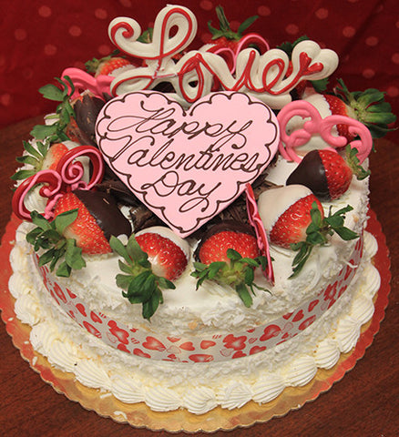 VC-005 Display Pina Colada cake with valentines decor