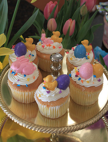 CC-029 Display Easter Decor Gold cupcake with chocolate filling